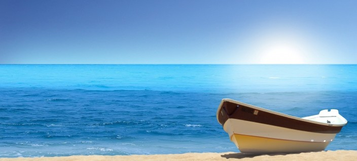 Boat-on-the-Beach-HD-Wallpaper
