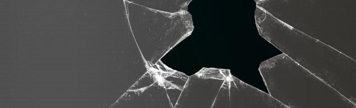 kaca pecah